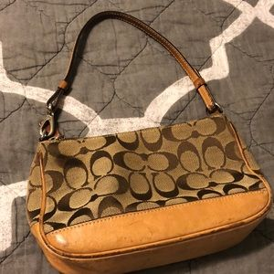 Small Coach Purse, no rips or tears